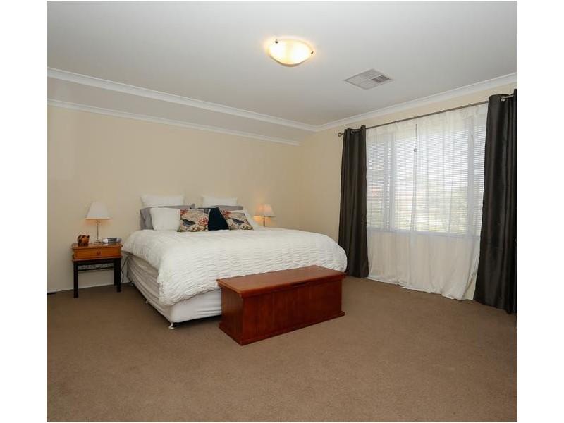 24 Oligantha Elbow, Banksia Grove WA 6031