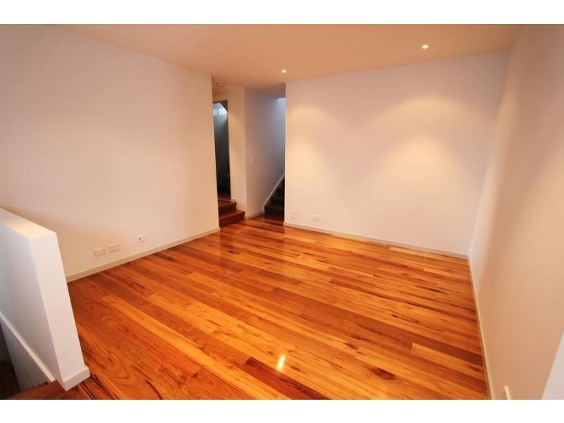 11A Burke Street, Chifley NSW 2036