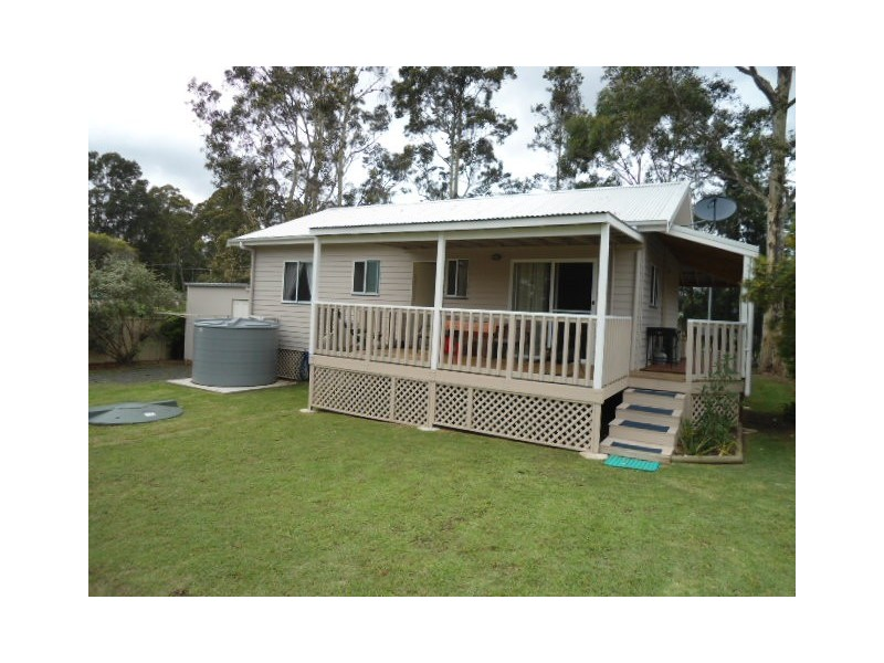 13 Stirling Street, Abernethy NSW 2325