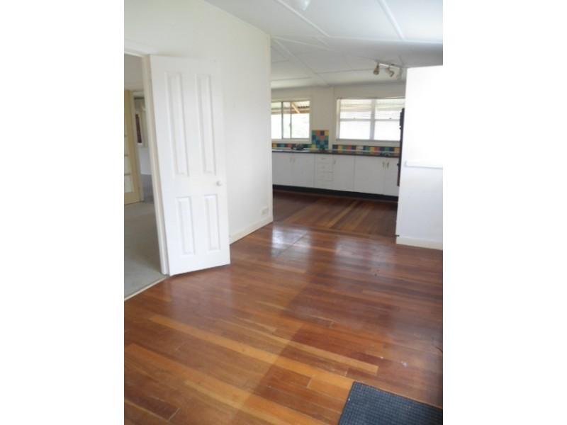 13 Munn Street, Abernethy NSW 2325