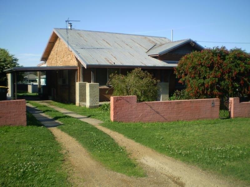 114 Rawson Street, Aberdare NSW 2325