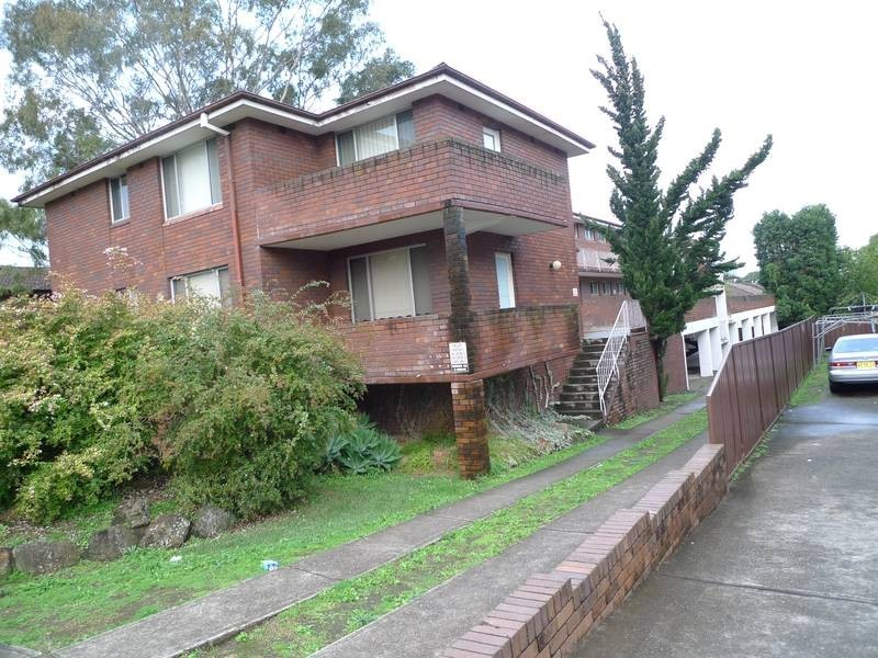 11/35 The Crescent, Berala NSW 2141