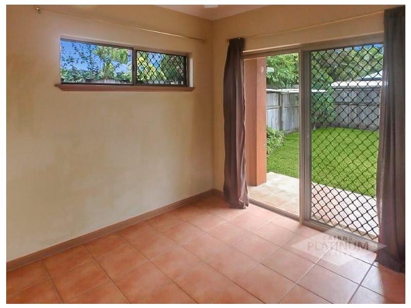 14 Moojeeba Way, Trinity Park QLD 4879