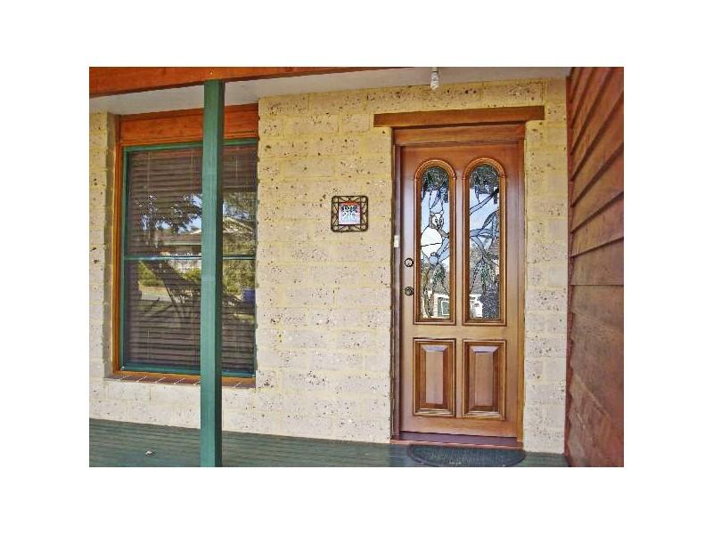 19 Walmsley Road, Ourimbah NSW 2258