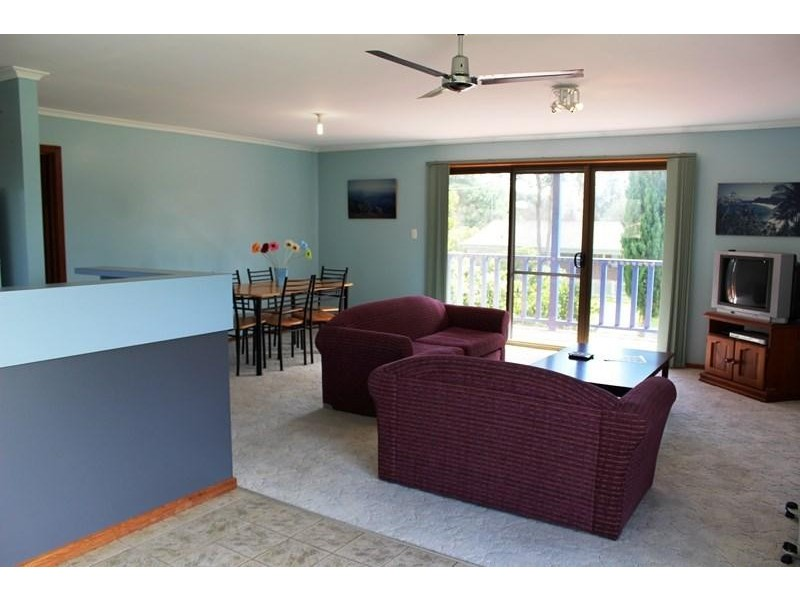112 McINDOE AVENUE, Venus Bay VIC 3956