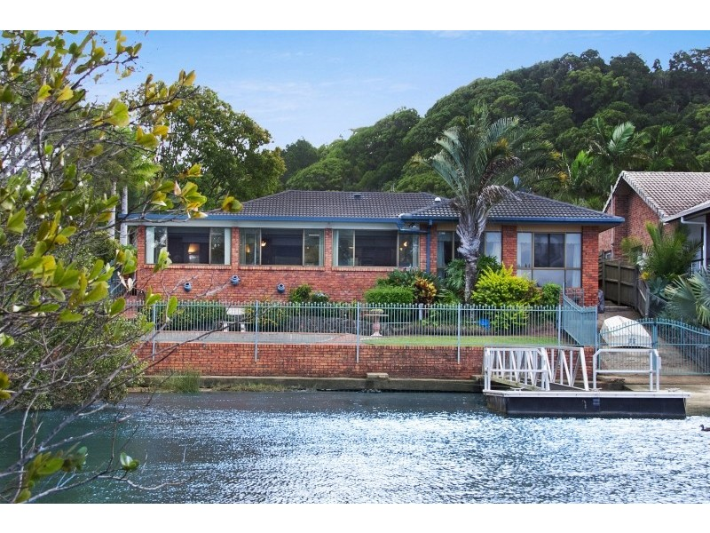 98 Old Ferry Road, Banora Point NSW 2486