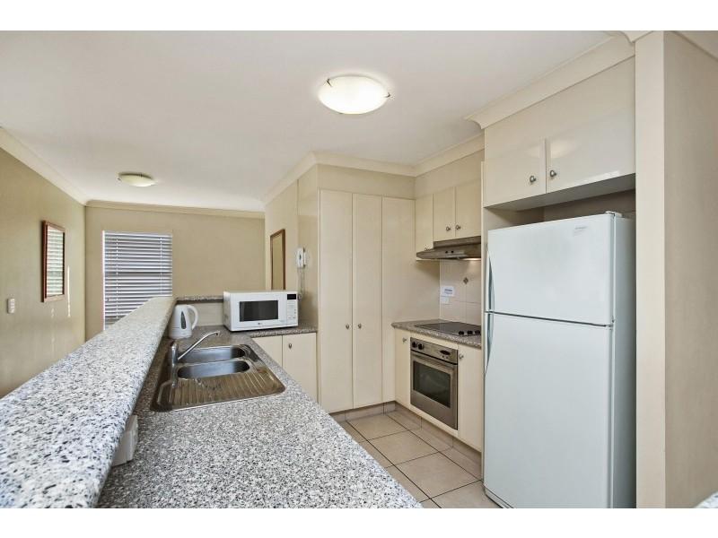 11/33-37 Dixon Street 'Park Side View', Coolangatta QLD 4225