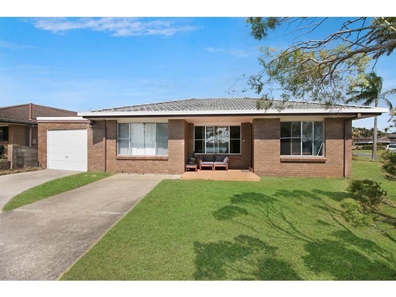 1/24 Keith Compton Drive, Tweed Heads NSW 2485