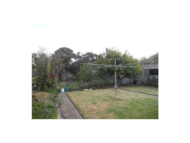 12-14 Alexandra Avenue, Geelong VIC 3220