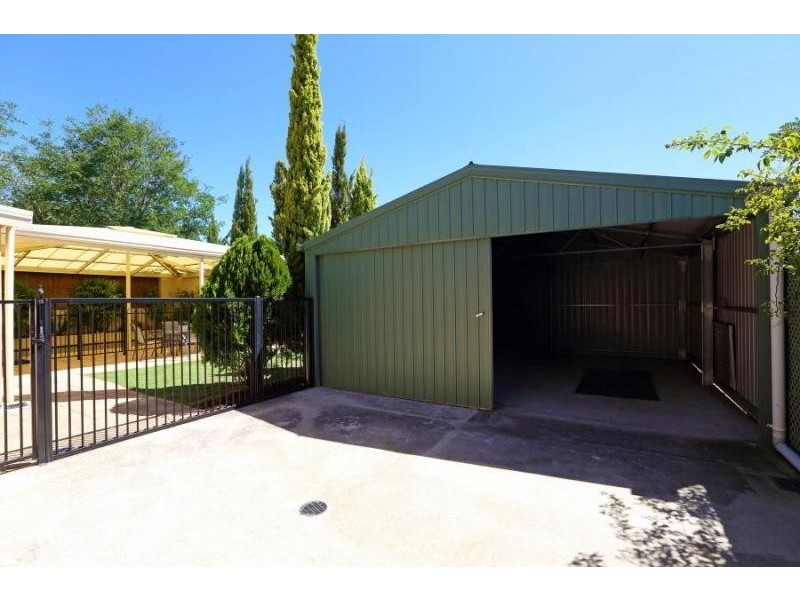 14 Hub Drive, Aberfoyle Park SA 5159