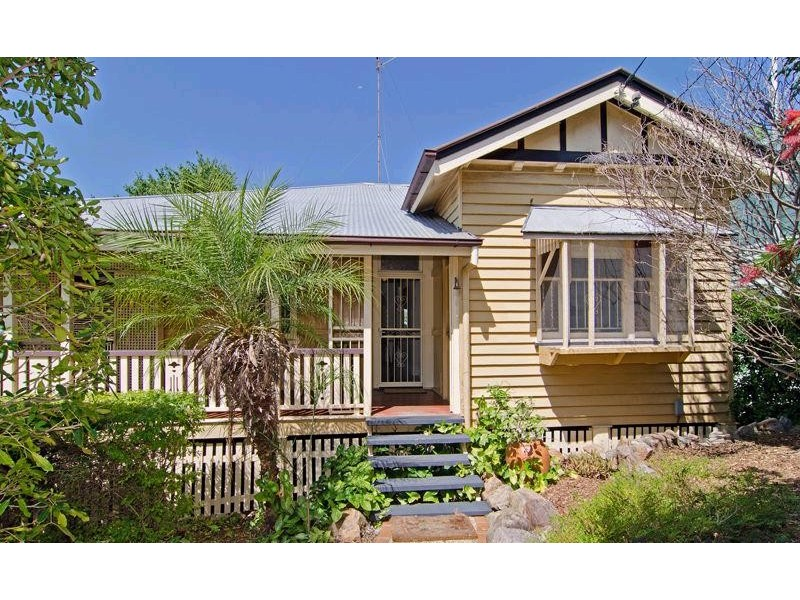 17 Musgrave Tce, Alderley QLD 4051