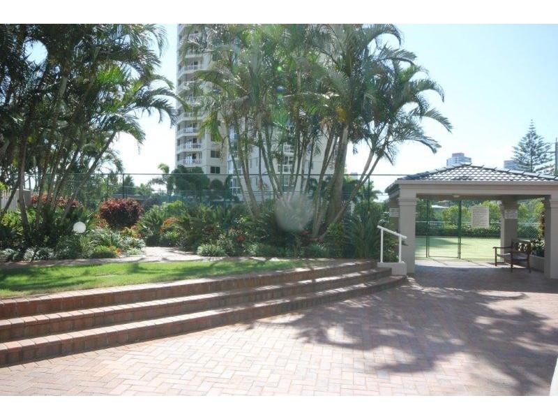 1 Hughes Avenue, Main Beach QLD 4217