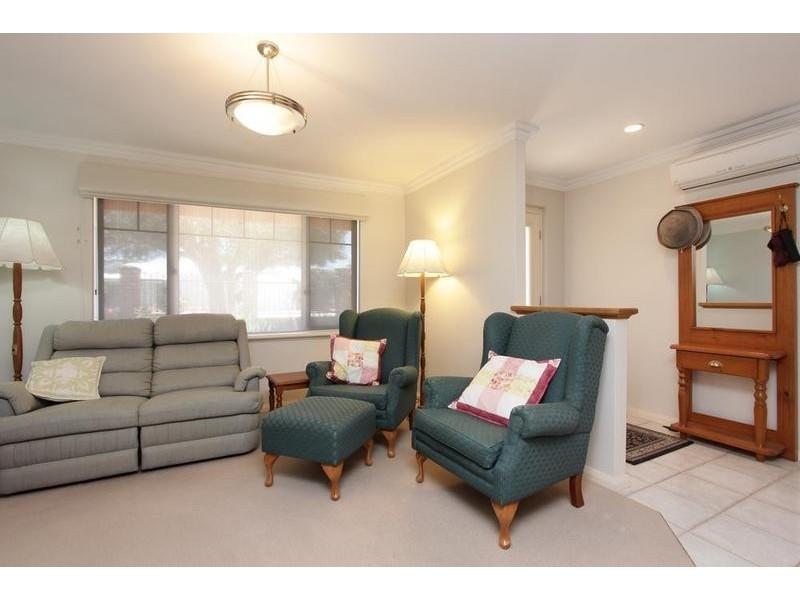 50a Lamond Street, Alfred Cove WA 6154