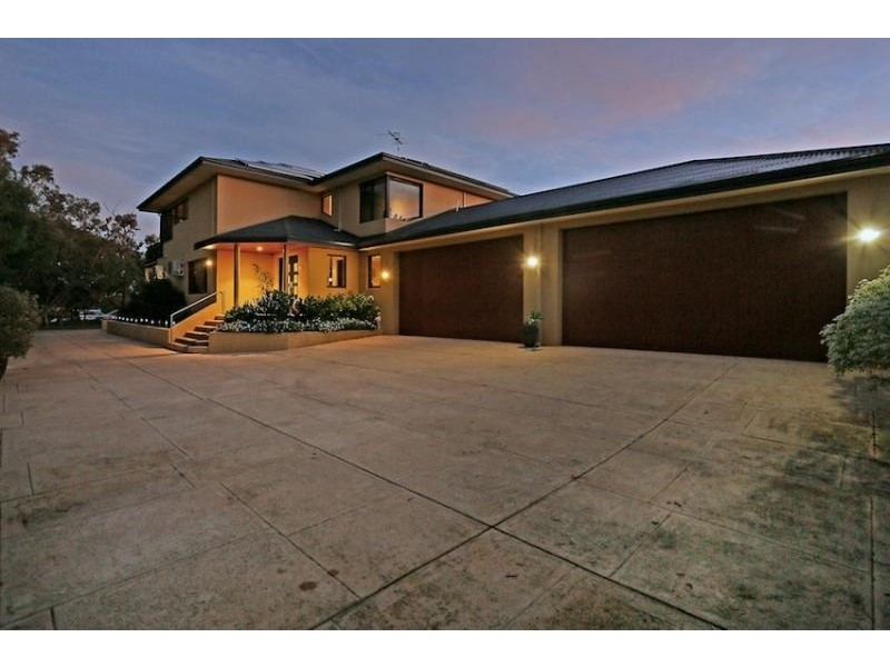203 Culeenup Road, North Yunderup WA 6208