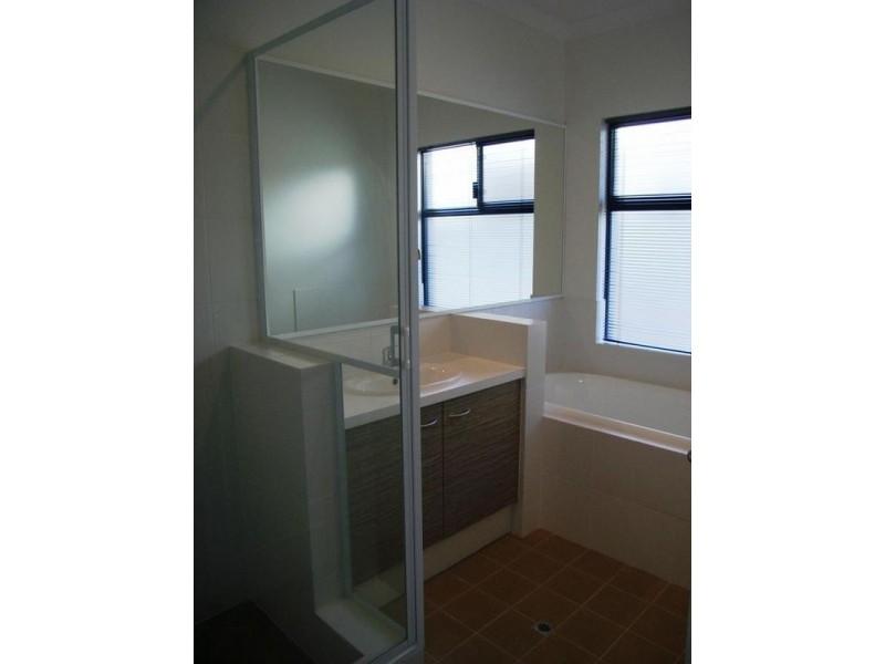 13 Latrobe Place, Abbey WA 6280