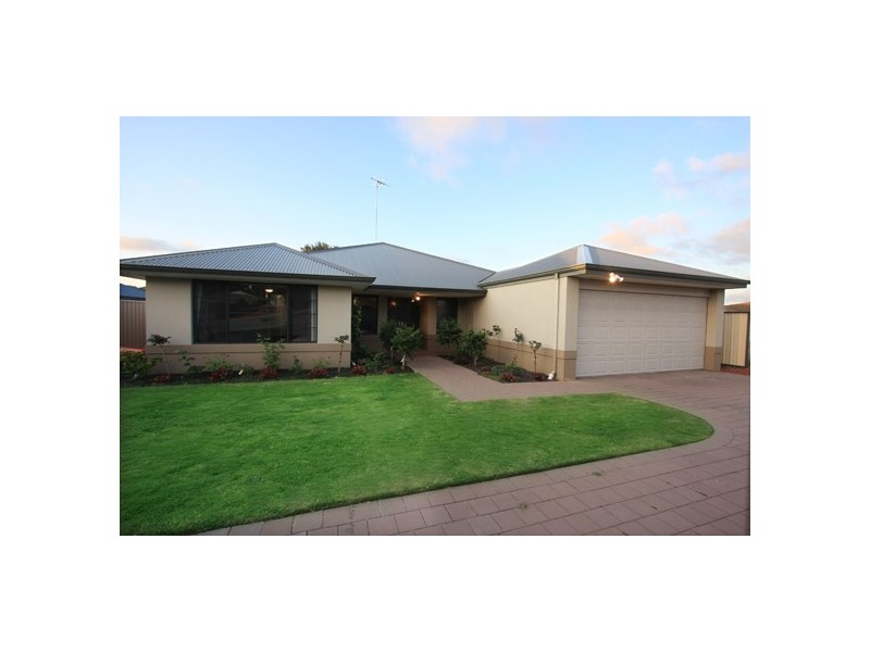 15 Murdoch Way, Abbey WA 6280