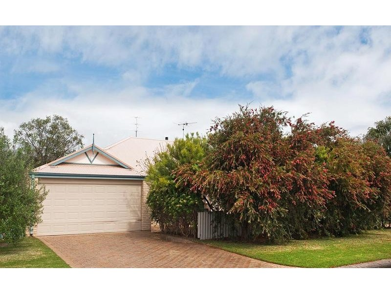 20 Alan Street, Abbey WA 6280