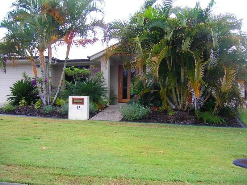 18 Otter Court, Pelican Waters QLD 4551