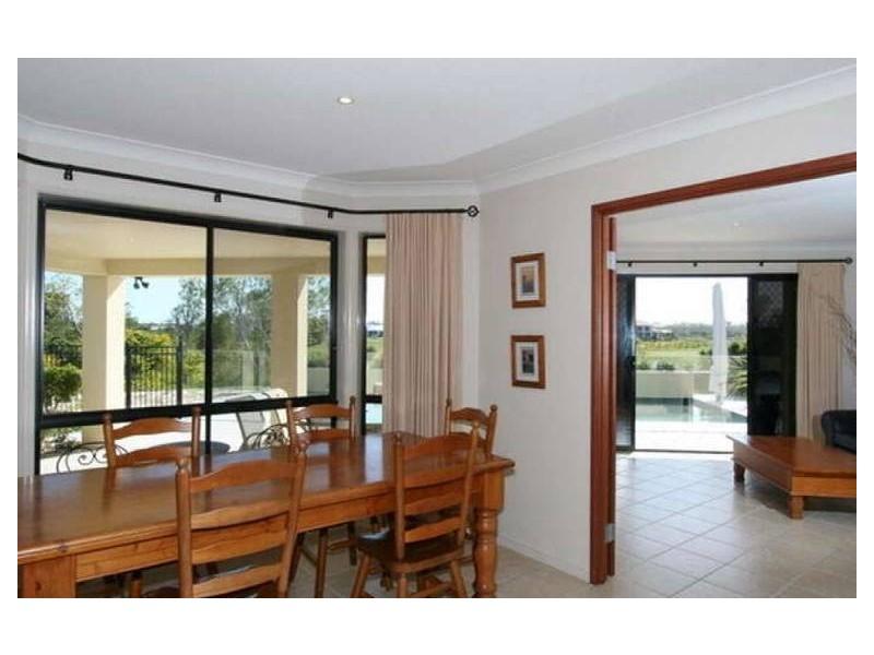 3 Silky Oak Place, Pelican Waters QLD 4551