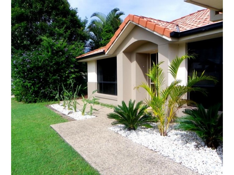20 Midden Place, Pelican Waters QLD 4551