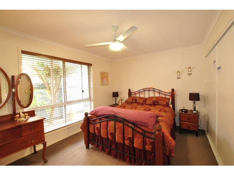 16 Gradorean Street, Pelican Waters QLD 4551