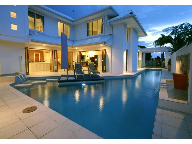 12 Midden Place, Pelican Waters QLD 4551