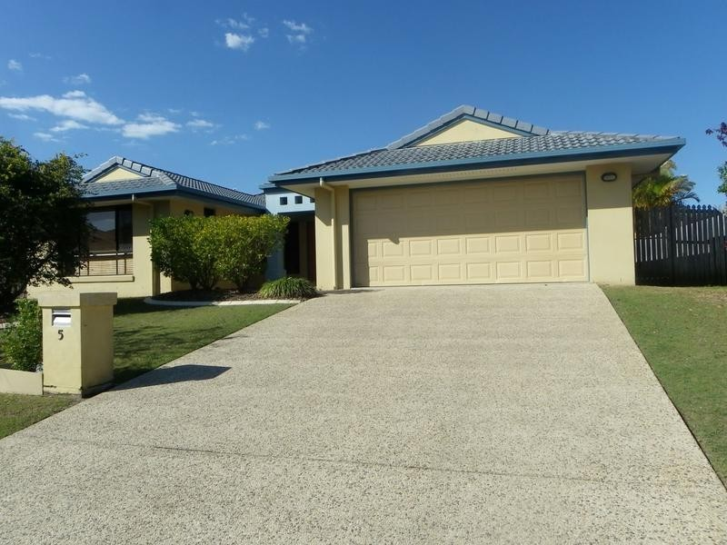 5 Meston Court, Pelican Waters QLD 4551