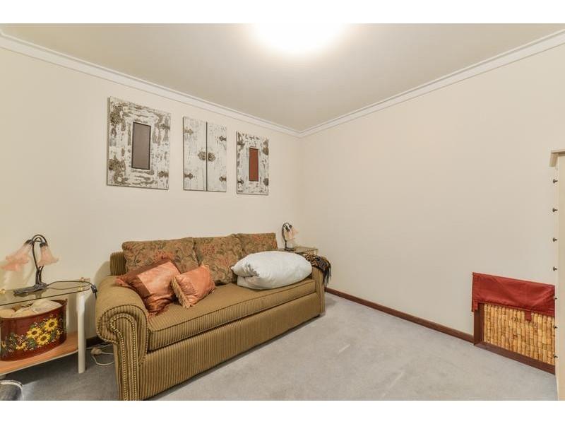 42 Kenneth Road, High Wycombe WA 6057