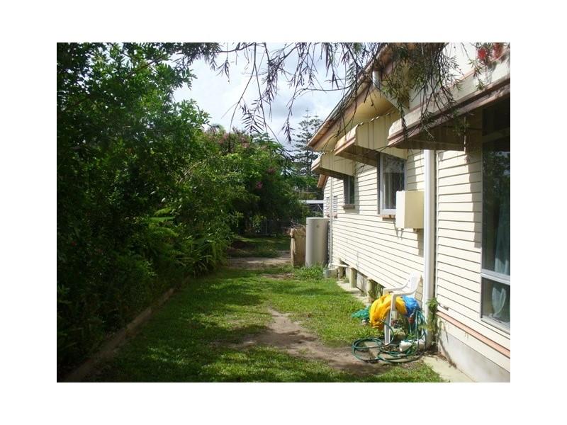 52 Walker Street, Walkervale QLD 4670