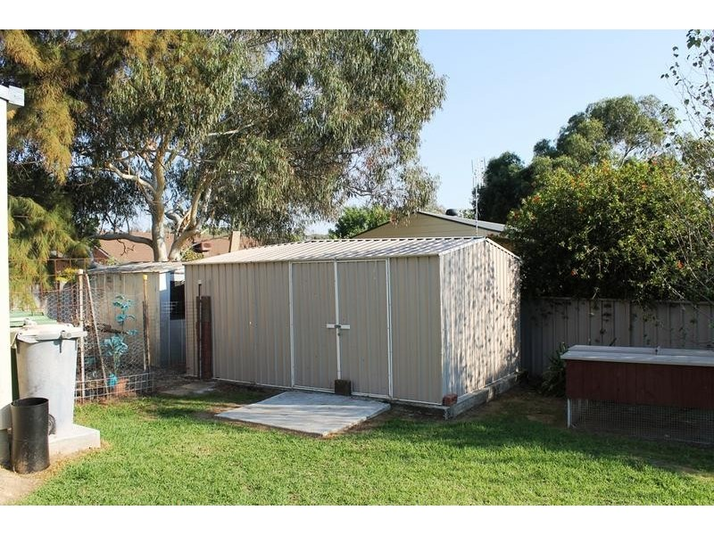 10 LUTZEN CLOSE, Baranduda VIC 3691