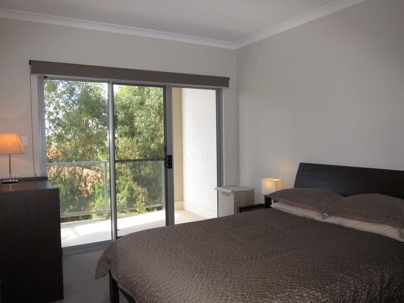 26/6 Ibera Way, Success WA 6164