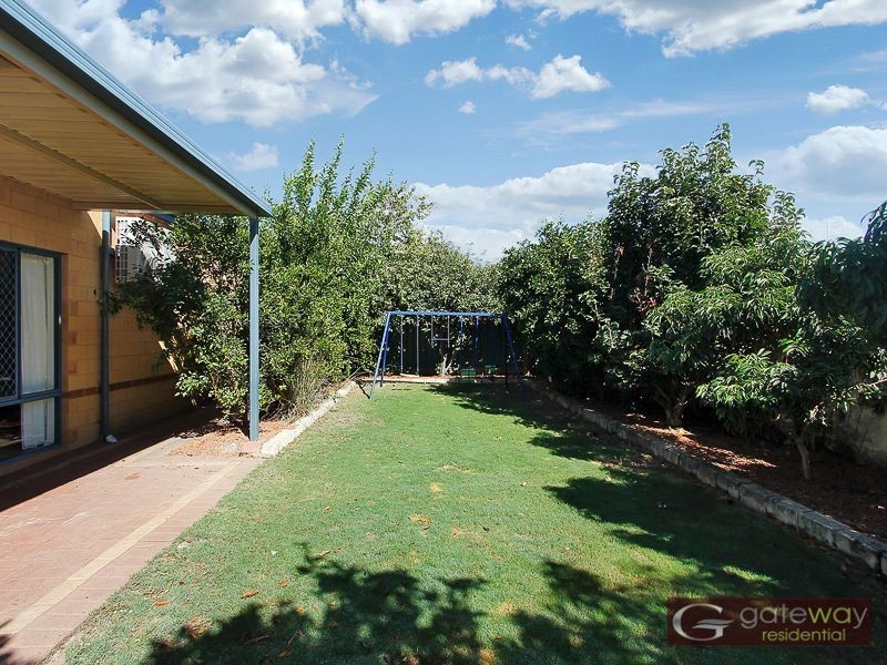 17 Turtle Point Cove, Jandakot WA 6164