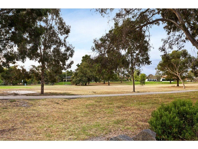 4 Roemer Crescent, Alphington VIC 3078