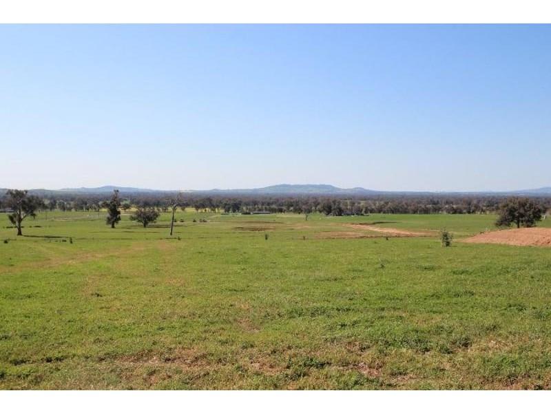 Various Coogera Circuit, Jindera NSW 2642