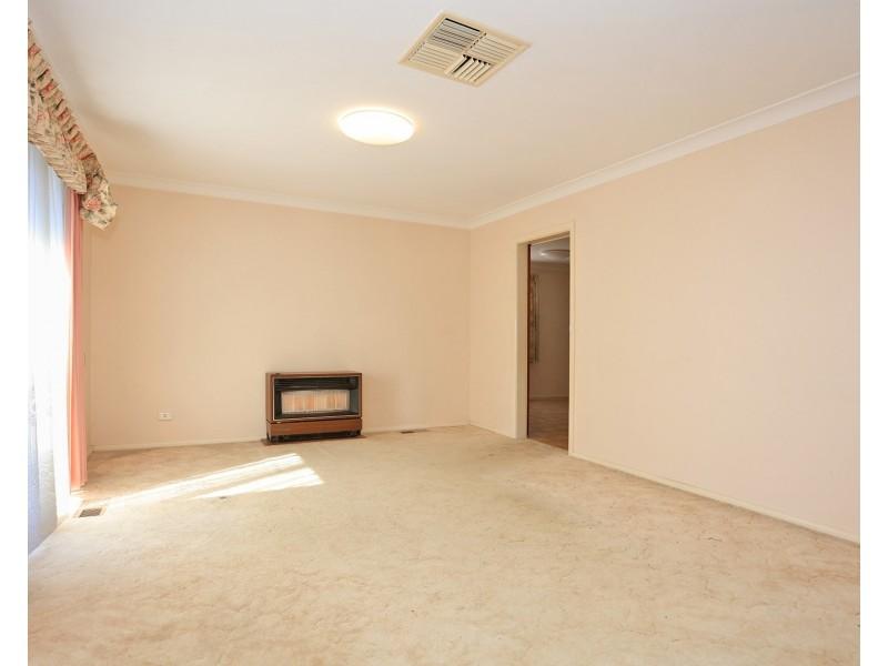 517 McKenzie Street, Lavington NSW 2641