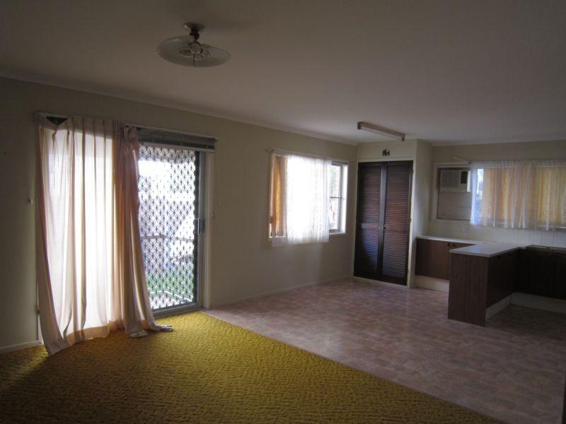 4 Olive Street, Flinders View QLD 4305