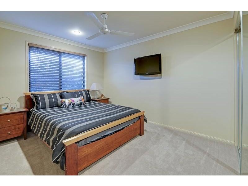 6 Chelsea Close, Flinders View QLD 4305