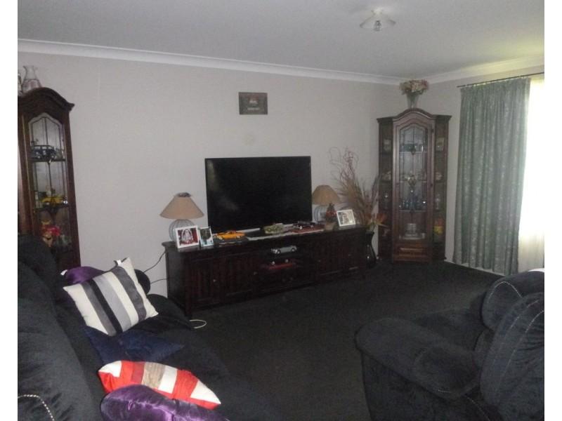 8 Hughes Court, Aratula QLD 4309