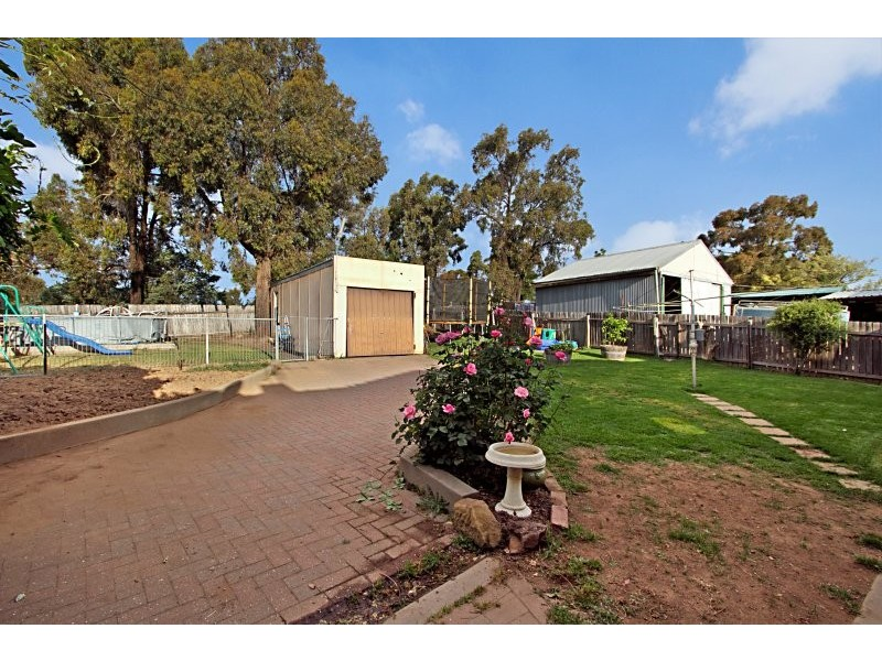 60 Specimen Hill Road, Golden Square VIC 3555