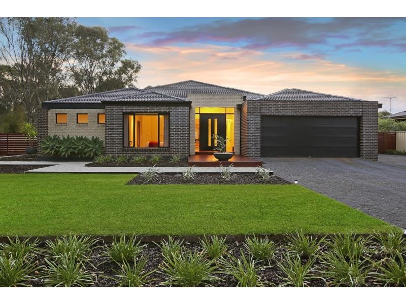 84 Monsants Road,, Maiden Gully VIC 3551