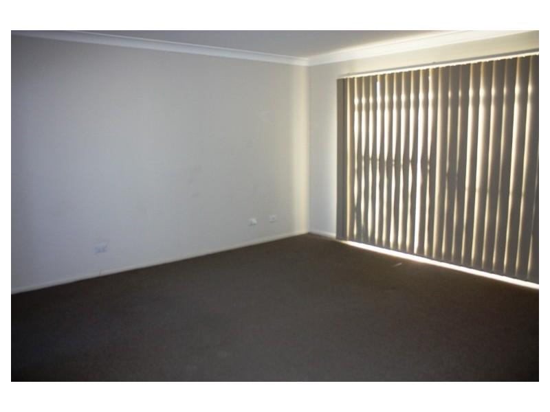16 Cummings Avenue, Pemulwuy NSW 2145
