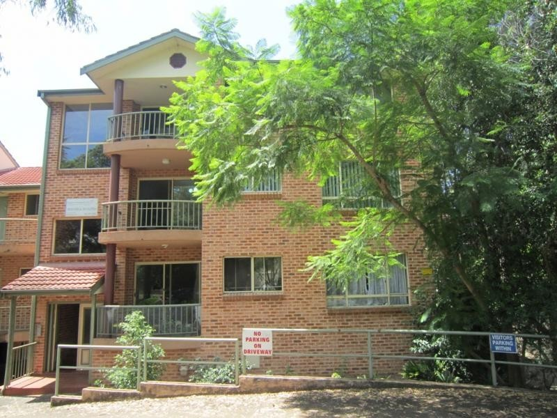 10/221 Dunmore St, Pendle Hill NSW 2145