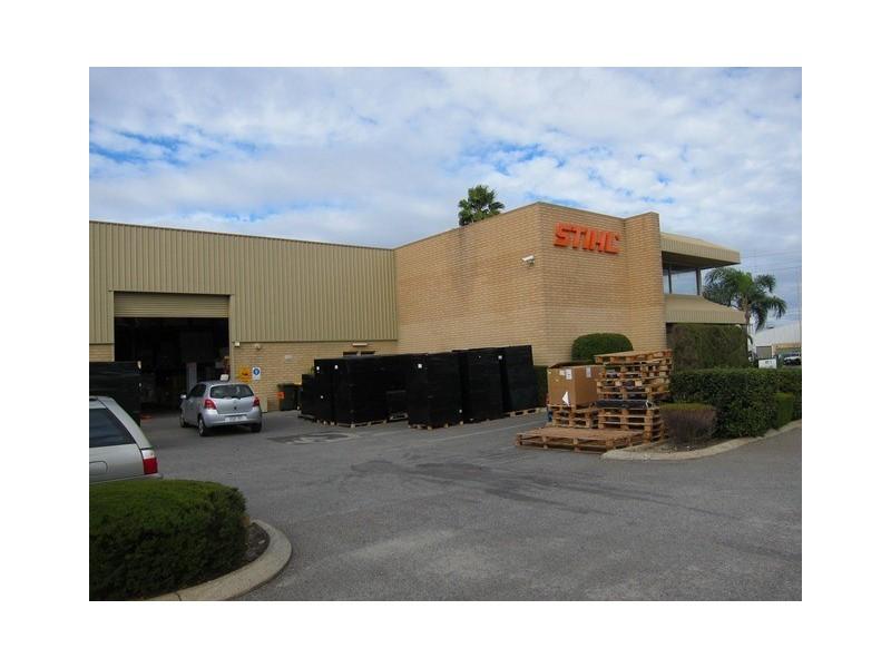92 Irvine Drive, Malaga WA 6090