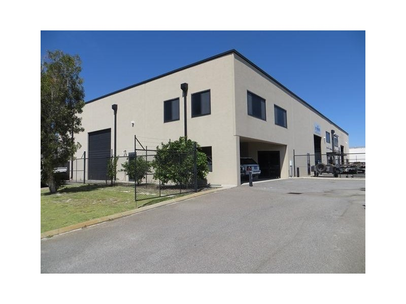 2 Vale Street, Malaga WA 6090