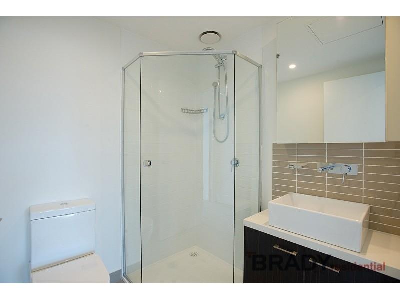 3802/8 Sutherland Street, Melbourne VIC 3000