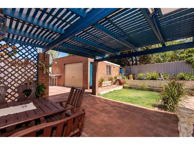 11 Lilly Court, Spearwood WA 6163