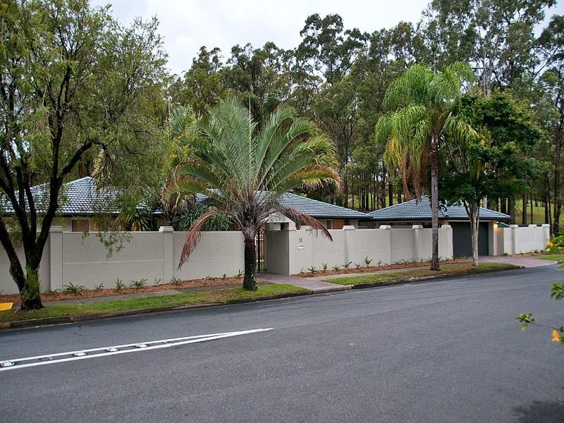 15 Freda Street, Ashmore QLD 4214