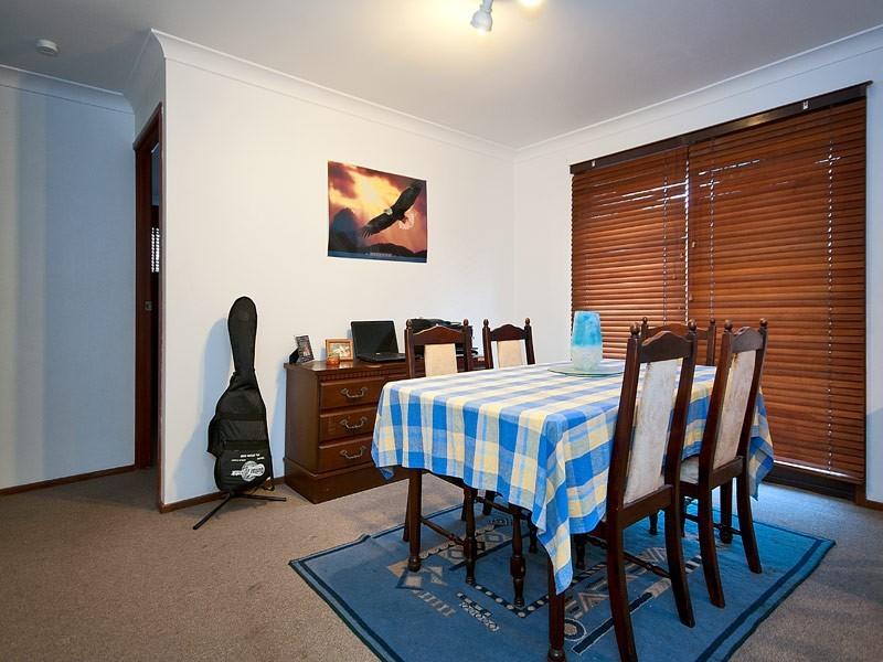 6 Angus Court, Highland Park QLD 4211
