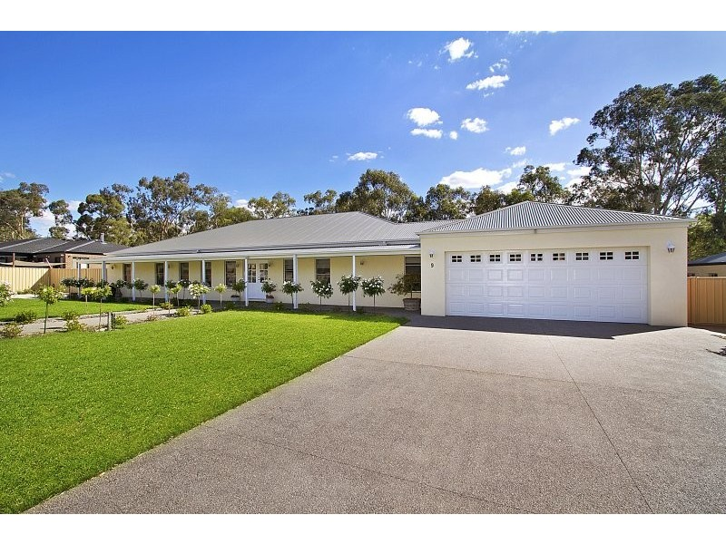 9 Bridle Court, Maiden Gully VIC 3551