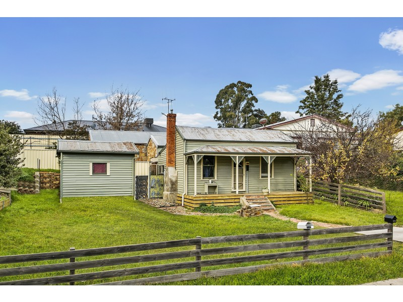 53A Johnstone Street, Castlemaine VIC 3450